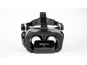 Zwarte BoboVR Z5 bril voorkant met zichtbare hoofdband